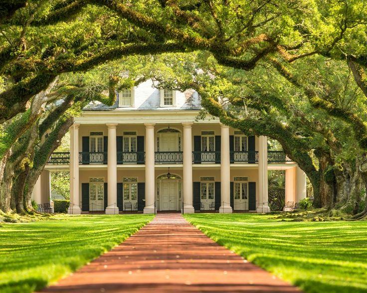 """Zuidelijke staten Amerika  Maak je op voor een onvergetelijke rondreis door de """"Deep South"""" en bezoek o.a. New Orleans Nashville Memphis en Savannah incl. 14 of 18 nachten in hotels huurauto en retourvlucht  EUR 1499.00  Meer informatie  http://ift.tt/2dqxuHG http://ift.tt/28ZoOTw http://ift.tt/1RlV2rB"""