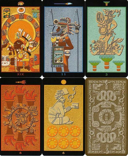 数多くのエジプト系タロットを制作している Silvana Alasia がマヤ文明をテーマに描いたタロット。 監修は、マヤ文明に詳しい「2012アセンション・タロット」も監修しているPierluca Zizziが担当している。 小アルカナはセミ絵札。 78枚 サイズ〔120×66〕 英語、イタリア語、スペイン語、フランス語、ドイツ語各12ページ程、合計63ページ解説付き。                   [イタリア・LO SCARABEO社製]