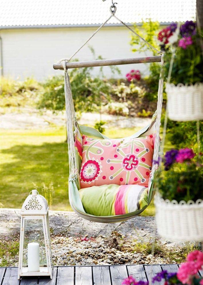 garden loveGardens Kids, Outdoor Seats, Outdoor Living, Hanging Chairs, Summer Colors, Outdoor Spaces, Outdoor Design, Front Porches, Outdoor Swings