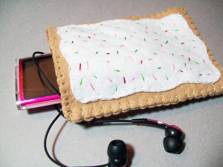 Felt Poptart cozy/pouch Strawberry Great cozy for ipods by Kklaus, $17.50