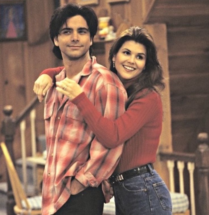 17 Unforgettable Uncle Jesse Outfits From 'Full House' That Prove John Stamos Was The Real Fashion Icon — PHOTOS
