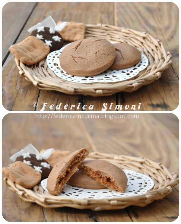 La cucina di Federica: Biscotti al cacao ripieni di dulce de leche