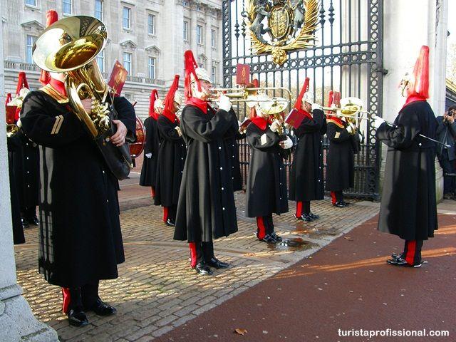 Como assistir à Troca da Guarda do Palácio de Buckingham, Londres