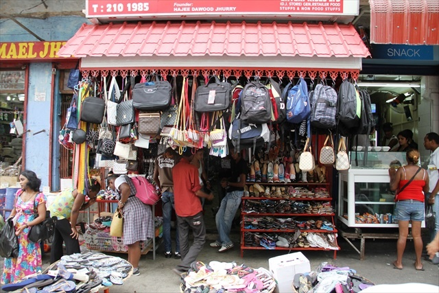 Choose a bag at the Port Louis Market Mauritius