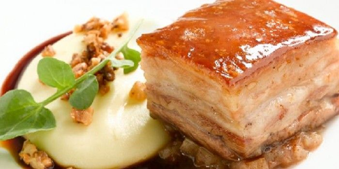 Caramelised Pork Belly with Feijoa, Apple Relish and Walnut Mash | A-Z Recipes | MiNDFOOD