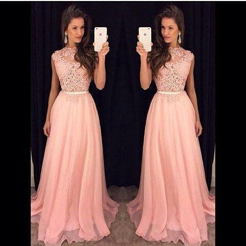 Perfeito  @blessedatelie #vestido #vestidodefesta #madrinha #madrinhadecasamento…