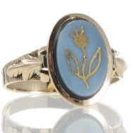 An Agate Ring With Gold Overlay