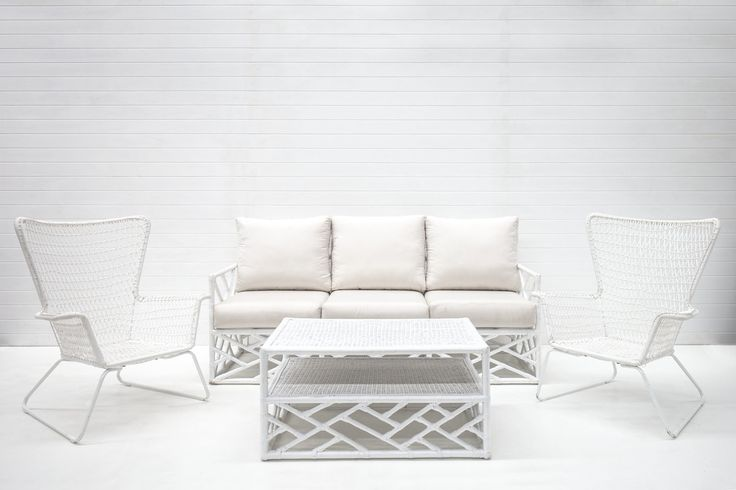 WHITE SUMMER SOFA PACKAGE QTY: 2