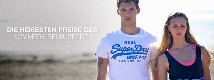 Superdry - Jacken, Kapuzenpullover, Kurze Hosen, Damen- und Herrenkleidung