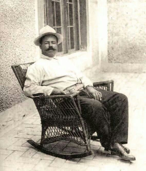 5 de junio nace Doroteo Arango.