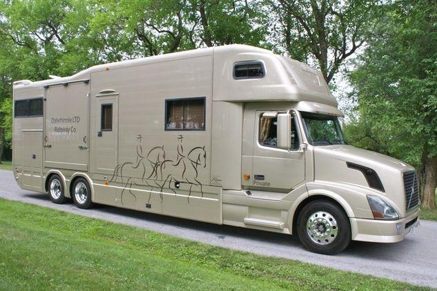 Beautiful Horse Trailer Living Quarters   ... horses for sale, horses properties, horse trailers, horse saddles and