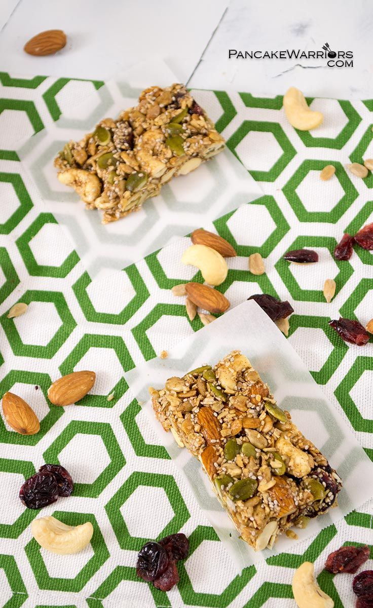 These healthy trail mix bars are so easy to make and full of pumpkin spice flavor! Kids love these too! Naturally sweetened, these trail mx bars are super heatlhy too! . | www.pancakewarriors.com
