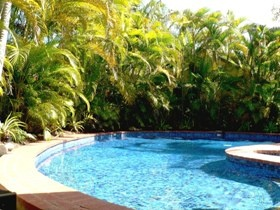 At The Mango Tree - http://www.ozehols.com.au/848 The superbly located apartments & townhouses are fully self contained, furnished in tropical style and set amidst lush gardens with private tennis court and large salt water pool and spa.