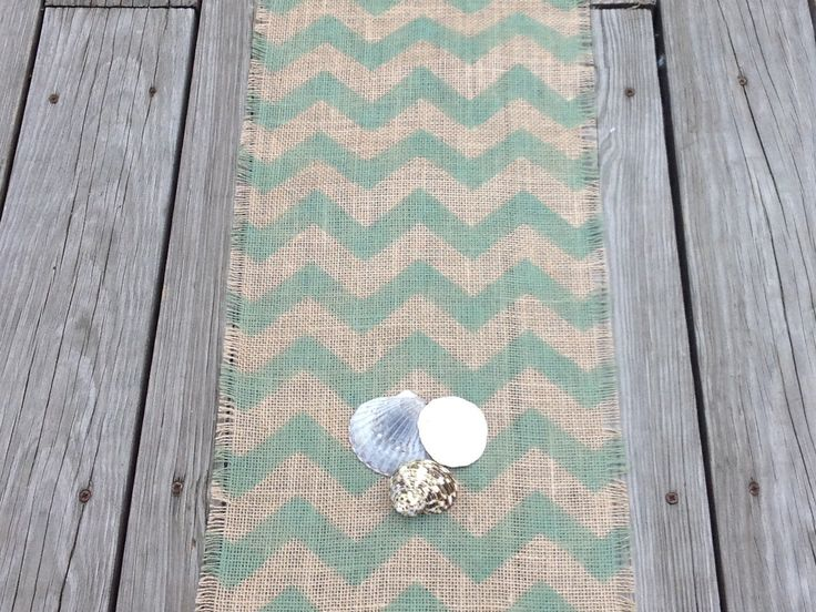 Toile de jute Chevron Table Runner Tablerunner par sweetjanesplan, $36.00