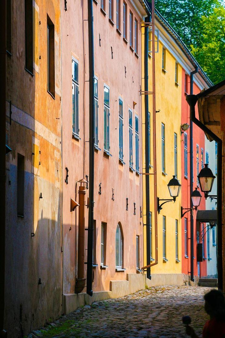 Wunderschöne bunte Straßen in Turku, Finnland