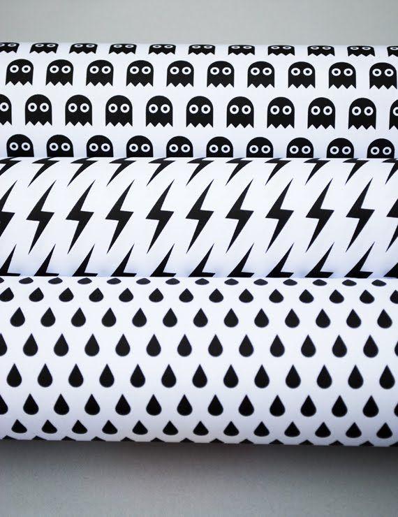 La Guarida Geek: Papel para imprimir con patrones diversos para envolver los regalos navideños