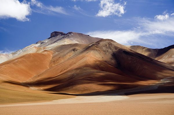 Colors of the Altiplano Boliviano mountains, in the highland plateau of the Bolivian Andes.