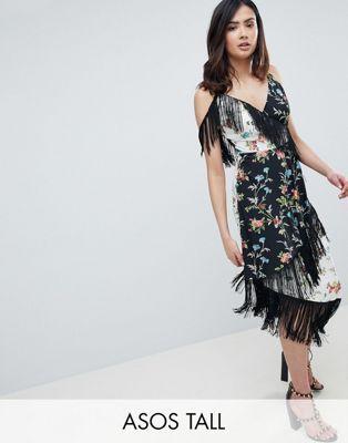 7865303d1b7 Платье миди с бахромой и комбинированным цветочным принтом ASOS DESIGN Tall