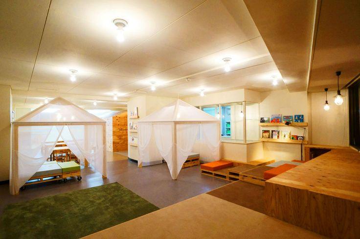 キャンプがテーマの英会話学童のリノベーション – 幼児の城 | 日比野設計