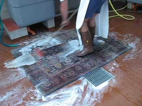 Pulizia del tappeto | Come pulire rapidamente un tappeto - YouTube