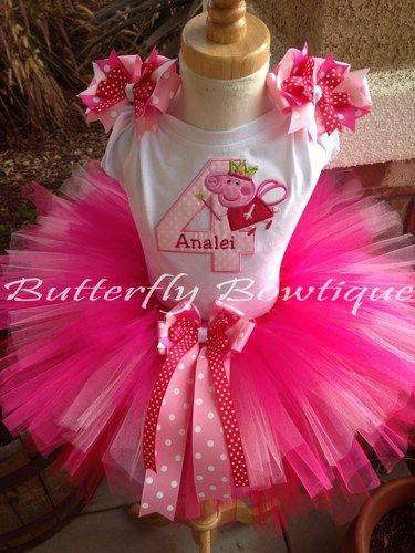 The perfect outfit for your little one's special Peppa Pig Birthday Bash!!!    Bow details on sleeves come attached to alligator clips, for use in the hair on other occasions. Or if you prefer, I can