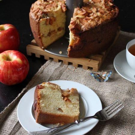 Mom-mom Mary's Jewish AppleCake: Mary Jewish, Jewish Apple Cakes, Fashion Apples, Apples Baking, Cakes Recipes, Apples Dumplings, Jewish Food, Jewish Apples Cakes, Sweet Cakes