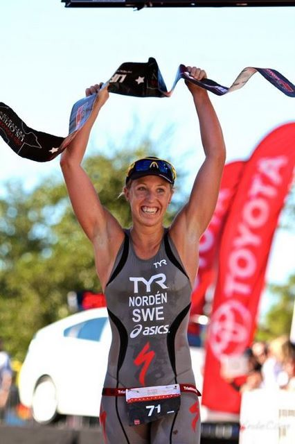 Lisa Norden wins the US OPEN Dallas Triathlon for the 4th year in a row