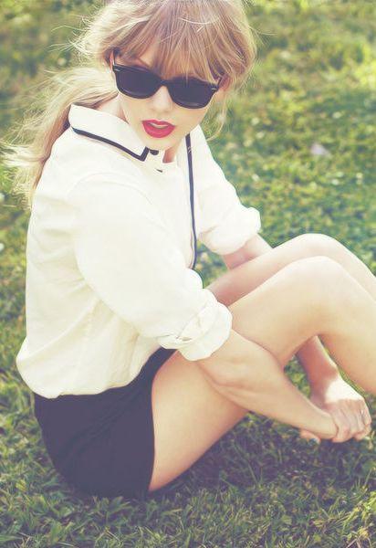 Taylor Swift ♥ fashion , style