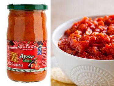 L'ajvar è una salsa di colore rosso fuoco e consistenza cremosa, molto antica e largamente diffusa nei paesi balcanici. È composta principalmente da peperoni, peperoncini, melanzane e aglio. Può essere dolce, piccante o molto piccante.