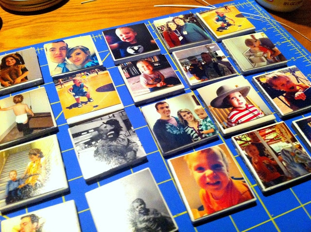 DIY: picture magnets from Instagram photos. Good gift for the grandparents.