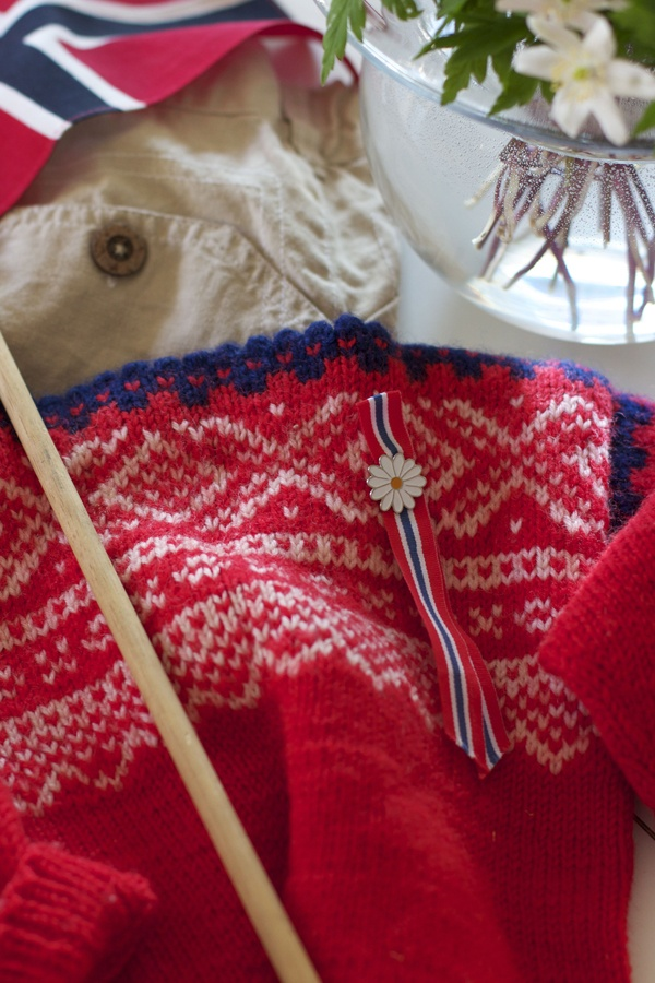 Et Nytt Kapittel - marius-sweater, 17. mai, Norway