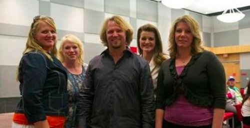"Sister Wives Recap 10/18/15: Season 6 Episode 6 ""Robyn's Big Announcement"""
