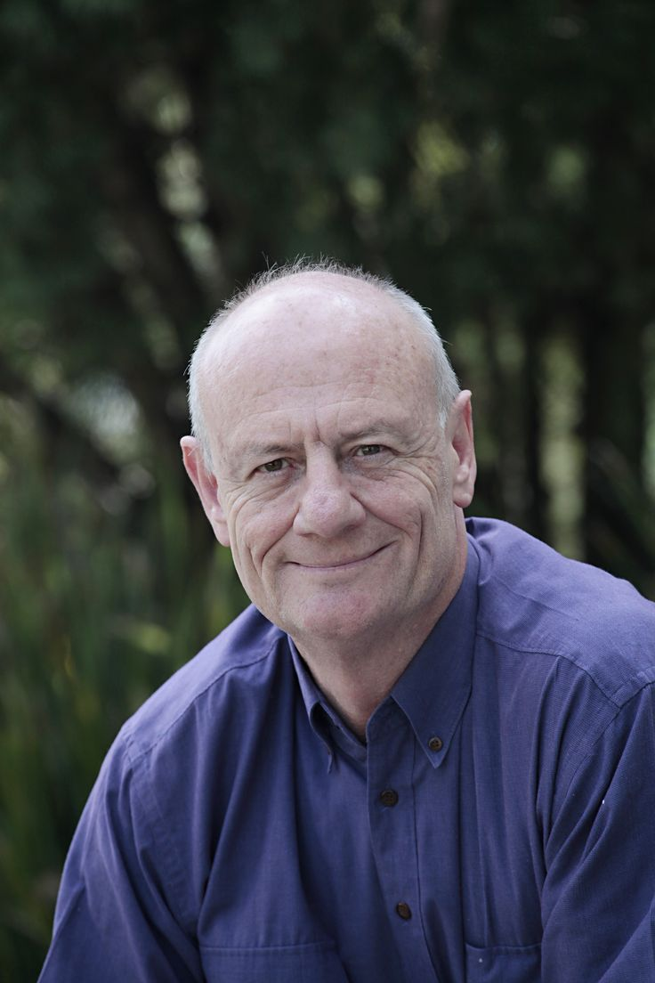 Tim Costello: Tim Costello is one of Australia's most sought after voices on issues of social justice, leadership and ethics. Since 2004 Tim has been CEO of World Vision, Australia's largest international development agency. Trained in economics, law, education and theology, Tim has practised law, served as a Baptist minister, and has been active in church and community leadership, local government and national affairs.