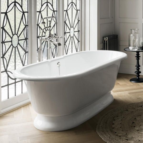 York Traditional Double Ended Tub With White Englishcast Base In