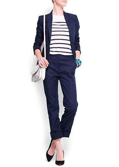 dark blue Mango suit with striped shirt #marine #pantsuit #officewear