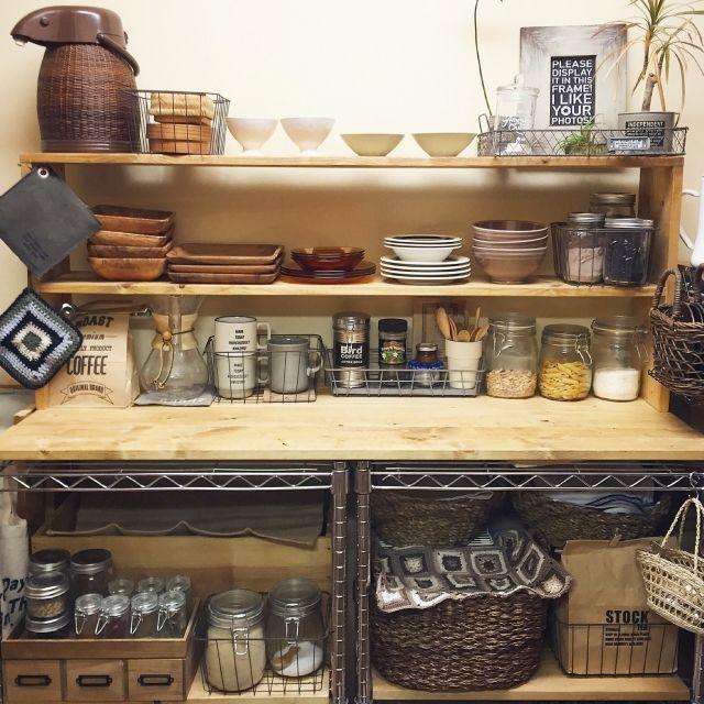 Tomoさんの、Kitchen,食器棚,DIY,スチールラック,セリア,賃貸,デュラレックス,chemex,natumikanちゃん,メイソンジャー,しゃれとんしゃあ会,we.OTOKOMAE.want,みんなとたわむれ隊٩(♥ε♥ )۶,eriちゃん♡,rie_518ちゃん,yururi-8239223ちゃん,masamay17さん,reenaaちん,キッチン&テーブルウェアについての部屋写真