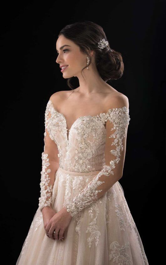 38b52b1b81ce Bess Simone Lace and Tulle Ballgown with Off-the-Shoulder Sleeves by Martina  Liana