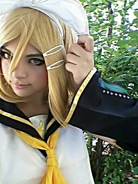 Rin kagamine cosplay