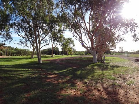 Pardoo Station with 16km of coastline. 150km N of Port Hedland. Excellent facilities and grass. $30 per site with power. Close to Cape Keraudren.