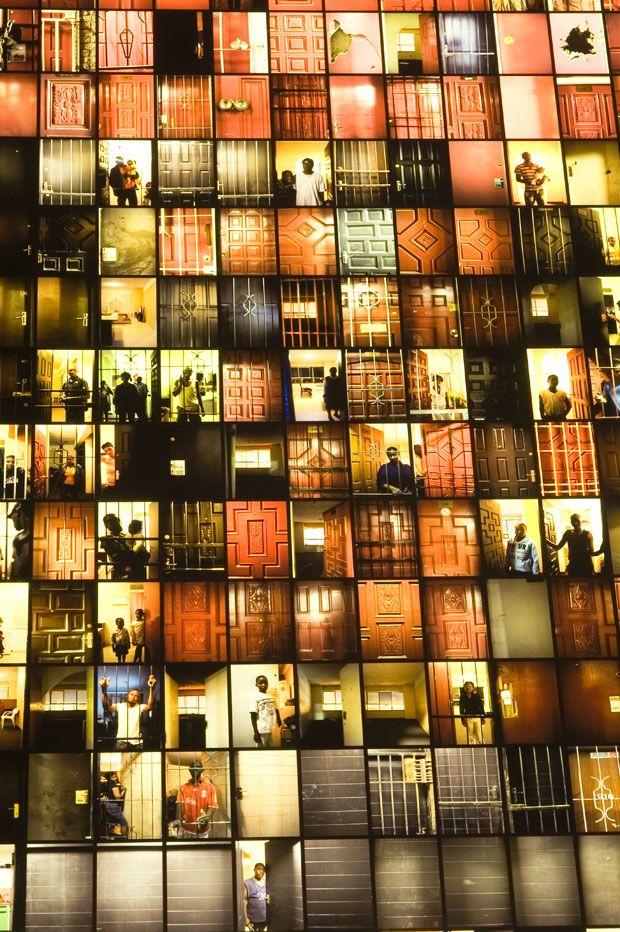 "Mikhael Subotzky/PAtrick Waterhouse ""Ponte City - Doors"""