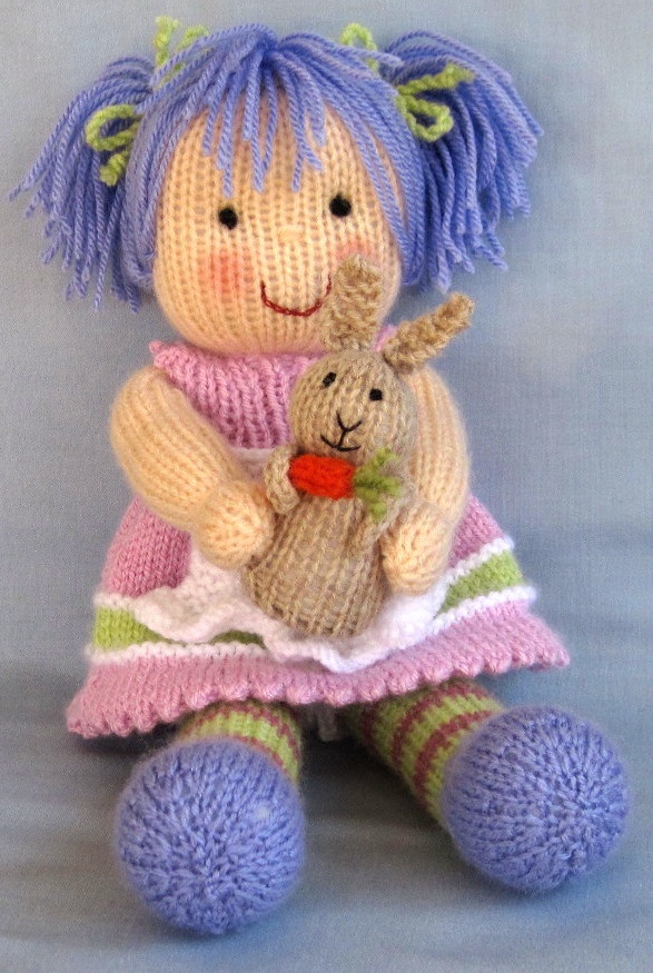 Knitting Patterns For Dolls Bedding : 192 best images about Knitting: Dolls and Toys on Pinterest Toys, Free patt...