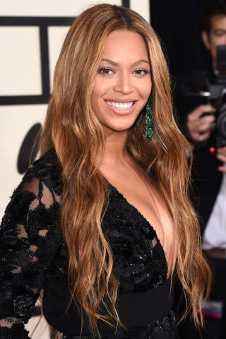 The best beauty looks from the Grammys red carpet: Beyonce