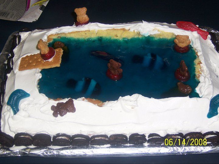Best 25 swimming pool cakes ideas on pinterest swimming for Swimmingpool gummi