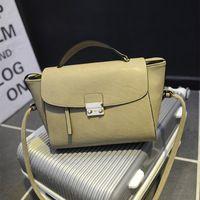 De calidad superior 2014 de la nueva llegada Europa marca de moda bolsos de las mujeres famosas de la PU de trapecio bolsas de dama Bolsos de hombro Mensajero ZB -310