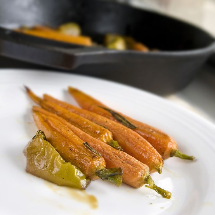 Roasted Carrots with Apples and Rosemary -- fall cooking ideas