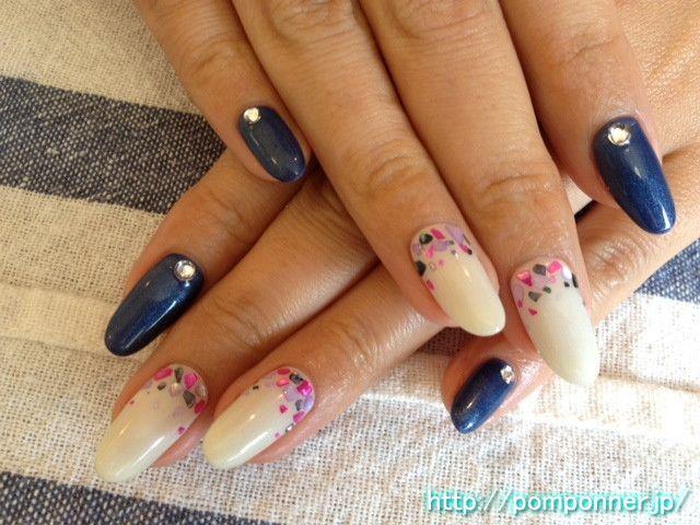 Kimono nail for adult navy and white    ネイビーとホワイトの大人の和服用ネイル