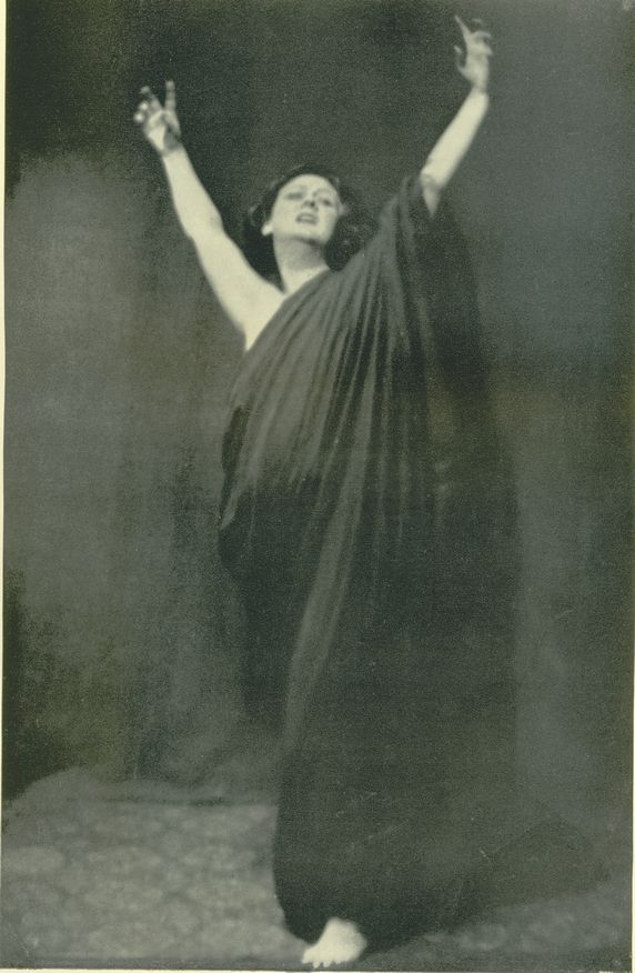Isadora Duncan, liberty of the dance. Libertad de la danza