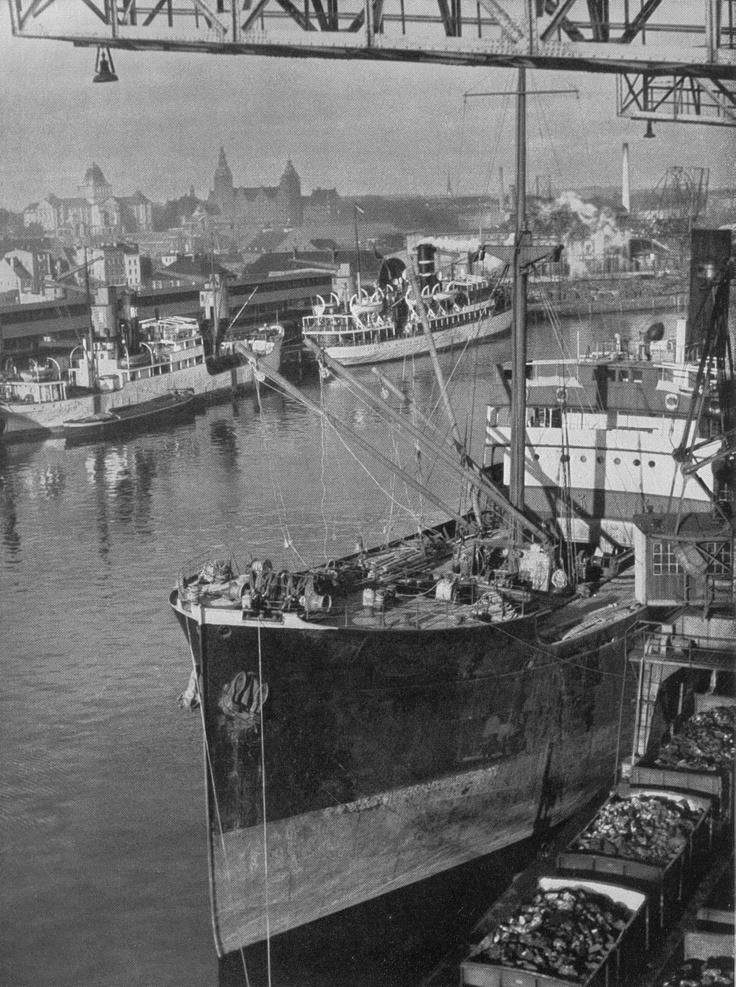 Im Stettiner Hafen