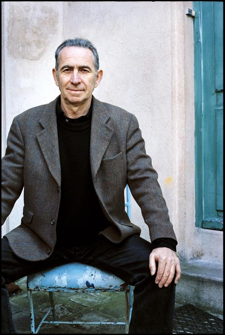 Patrice Van Eersel est un journaliste et écrivain français, né en janvier 1949 à Safi au Maroc.    Diplômé de Sciences Po Paris (1970) et du Centre de Formation des Journalistes (1972), il a fait partie de l'équipe fondatrice de Libération, en 1973-74, avant de devenir grand reporter à Actuel de 1975 à 1992. Il est actuellement rédacteur en chef du magazine Nouvelles Clés et directeur des collections Clés aux éditions Albin Michel. Membre de la Société des Gens de Gestes…