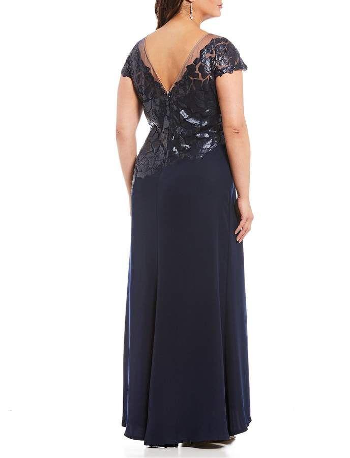 d6a7db7506 Tadashi Shoji Plus Size Cap Sleeve Sequin Bodice Crepe Gown Size